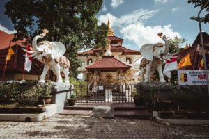 Budhistický chrám v Puta Selatan